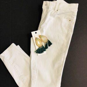 Ann Taylor Petite White Skinny Jeans